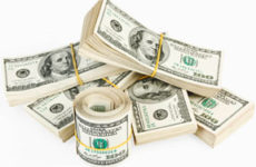 Стоит ли сейчас покупать доллары?
